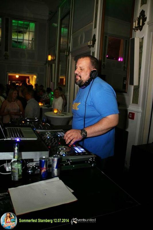 DJ T.o.m T.o.m