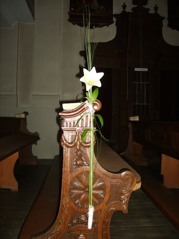Beispiel: Kirchendekoration, Foto: Durch die Blume.