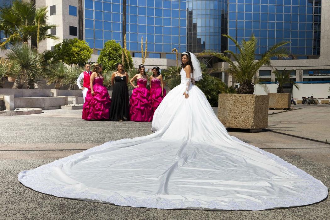 Robe de mariée à longue traîne de 6 mètres Agnès Szabelewski