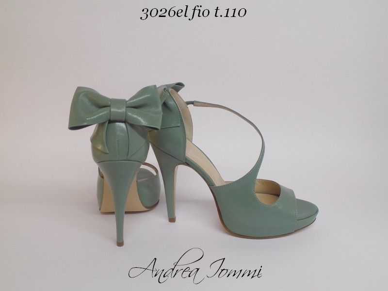 scarpe con fiocchi