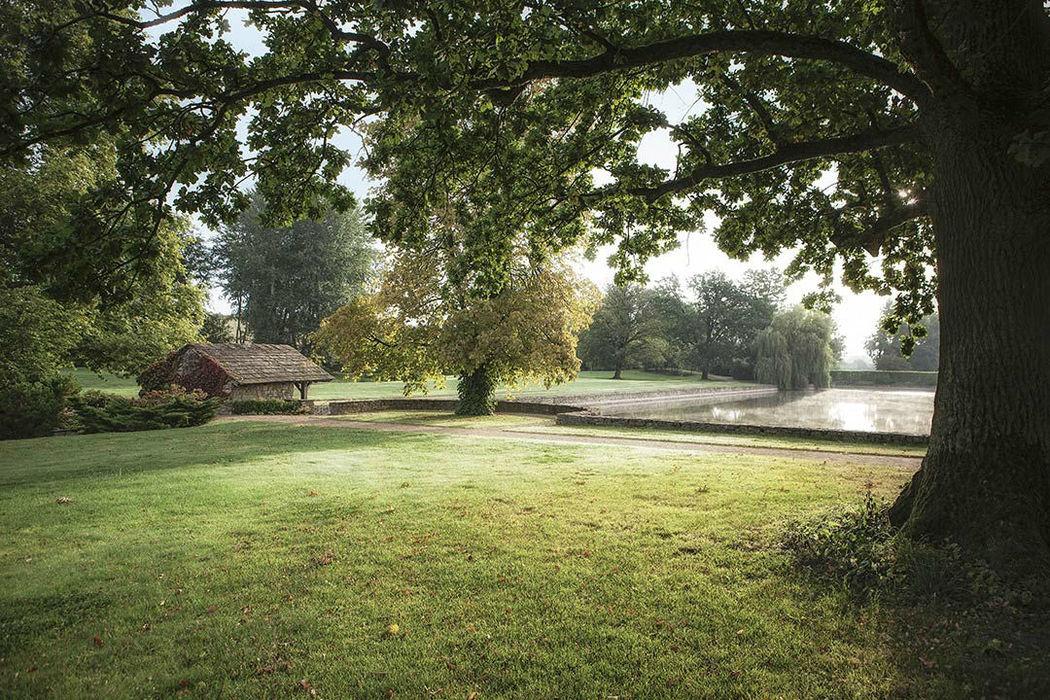 Beispiel: Umgebung - Schlosspark, Foto: Schloss Münchhausen.