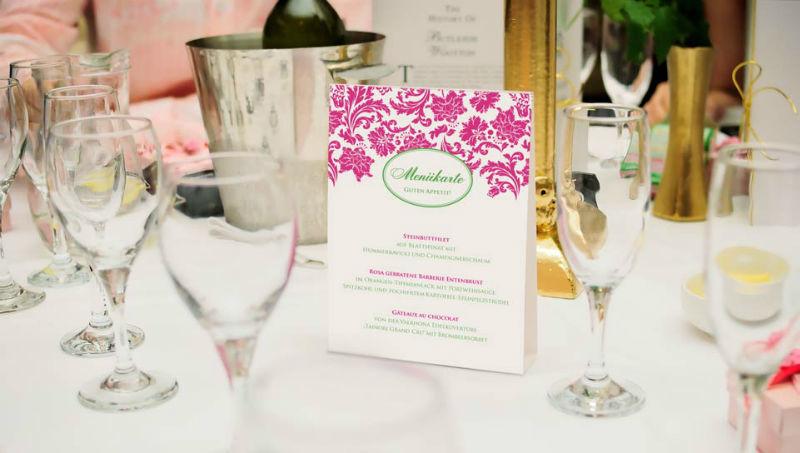 Beispiel: Tisch- und Menükarten für Ihre Hochzeit, Foto: Paper Boutique.