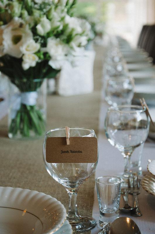 Ślub z minwedding - papeteria, kwiaty, dekoracje aranżacja, kwiaty: minwedding zdjęcie: Photoduet miejsce: Hotel Panderosa