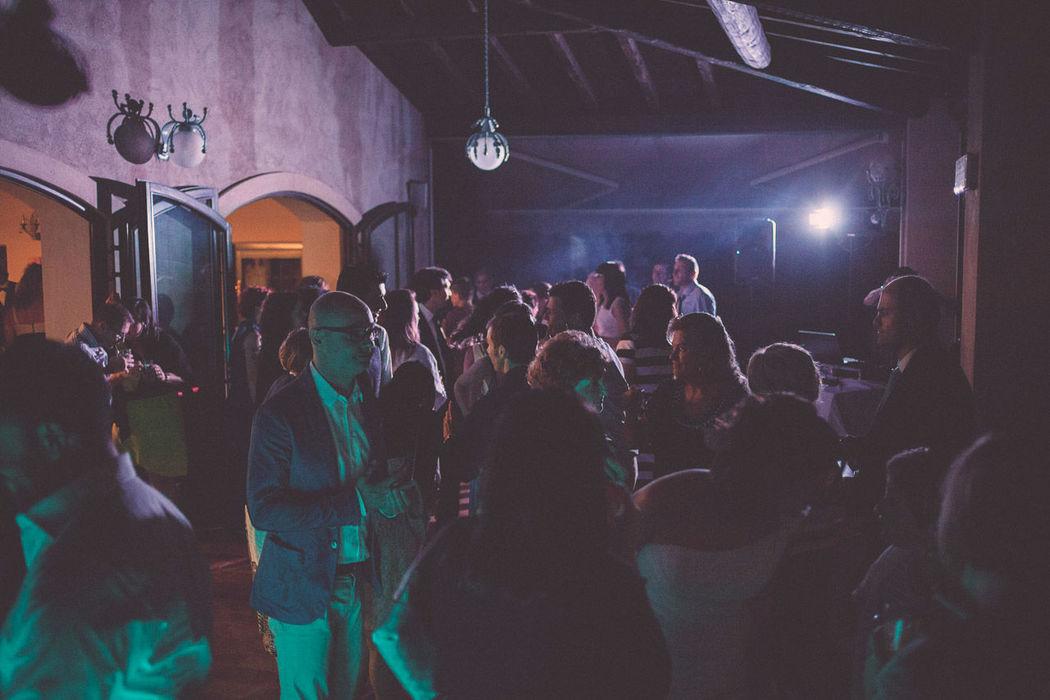 Possibilità di festa danzante fino alle ore 1.00