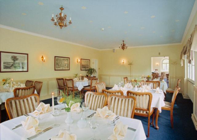 Beispiel: Innenraum, Foto: Restaurant & Café Drachenhaus.