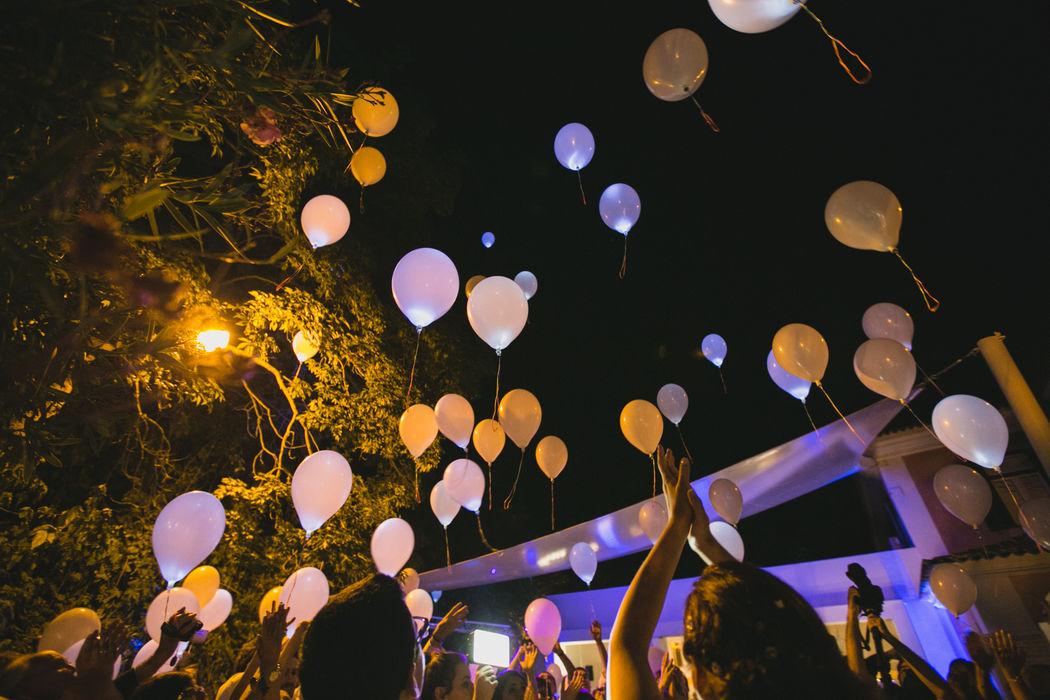 Balões Led para Casamentos