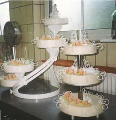 Beispiel: Torten auf mehreren Etagen, Foto: Wunschtorte.