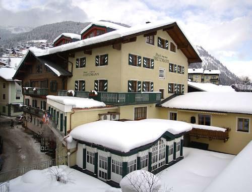 Beispiel: Außenansicht im Winter, Foto: Wedding Hotel Heitzmann.