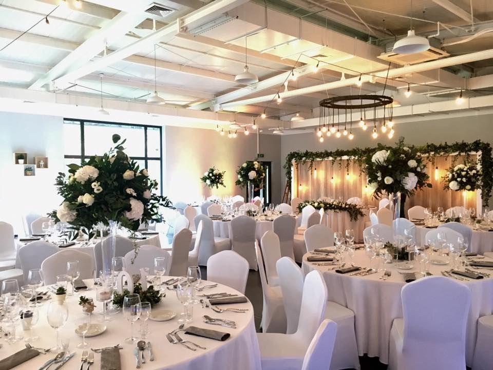 dekoracja sali w stylu Greenery