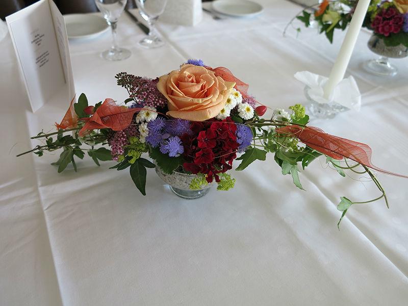 Beispiel: Tischdekoration, Foto: Hotel Am Sonnenhang.
