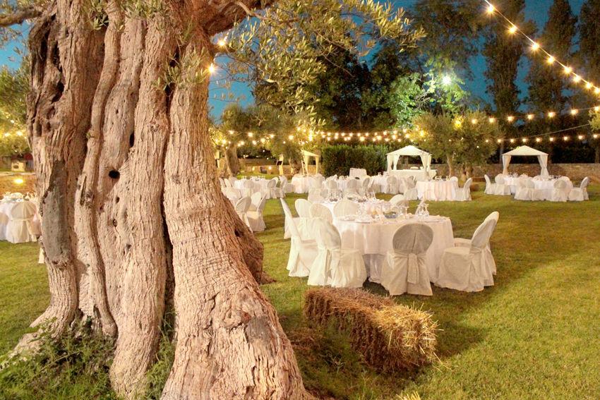 Il nostro Uliveto di sera, location magica e suggestiva per un matrimonio da sogno