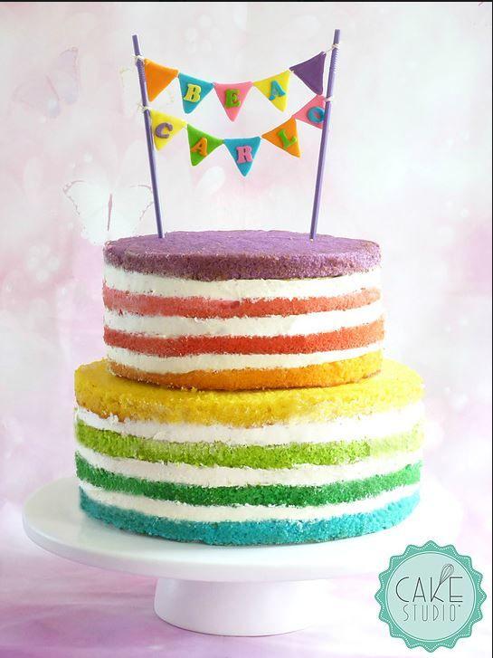 Rainbow naked cake (torta nuda arcobaleno) per un matrimonio assolutamente inusuale!