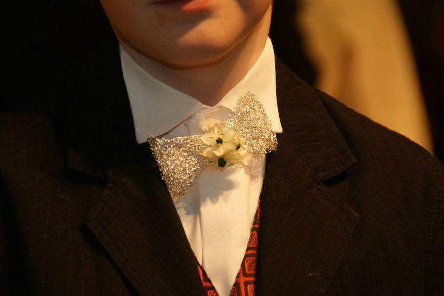 Beispiel: Blumenfliege für den Bräutigam, Foto: Sandra's Blütenzauber.