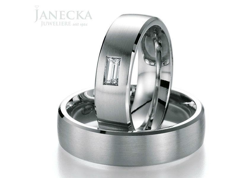 Beispiel: Trauringe aus Platin, Foto: Juweliere Janecka.