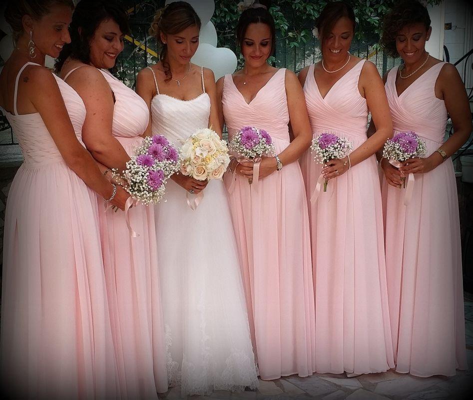 la sposa con le damigelle
