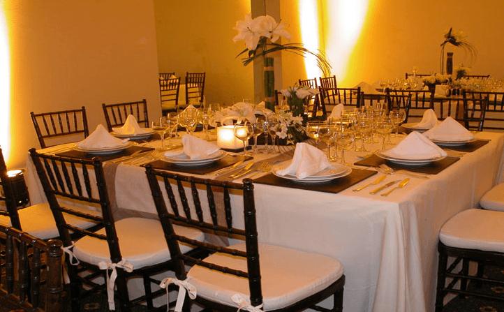 Ambientación personalizada para tu boda - Foto Banquetes Versalles