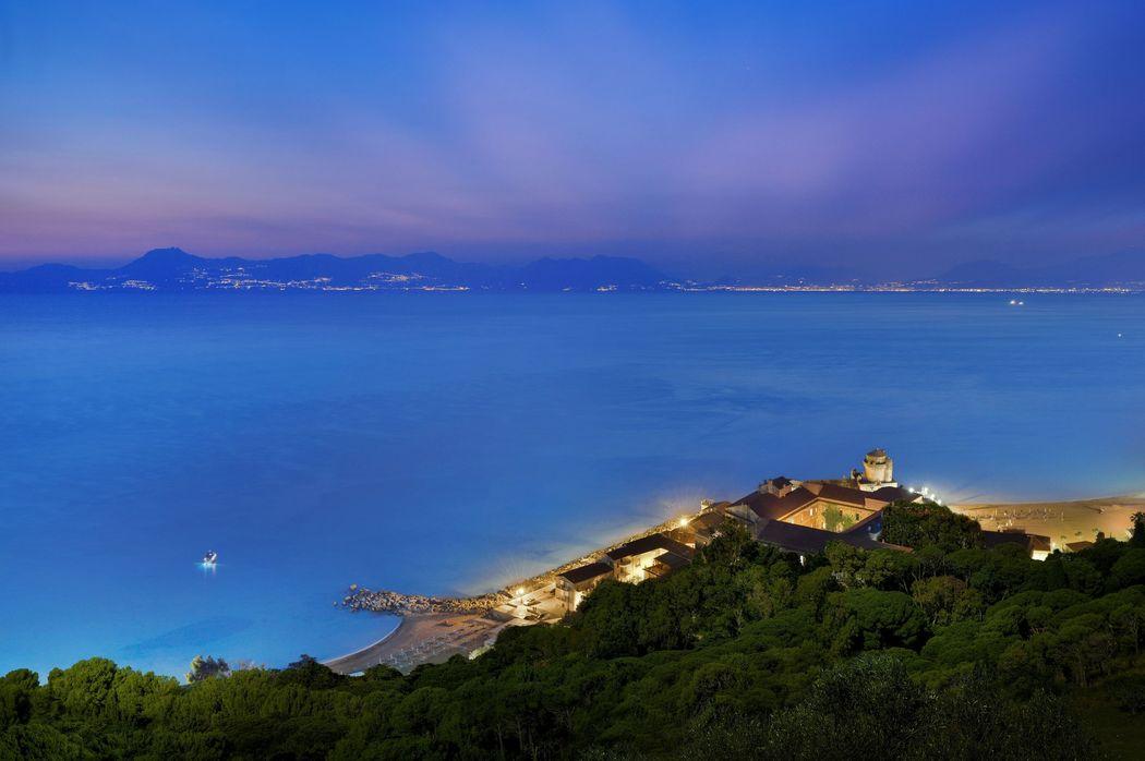 Palazzo Belmonte with view to Capri & Amalficoast