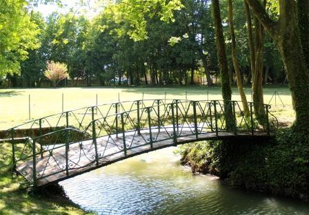 le petit pont permettant de belles photos