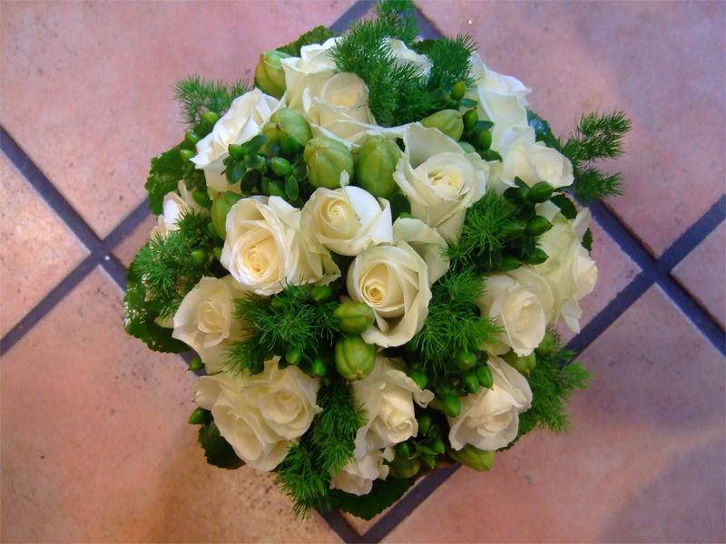 Beispiel: Brautstrauß, Foto: Blumen Wind.