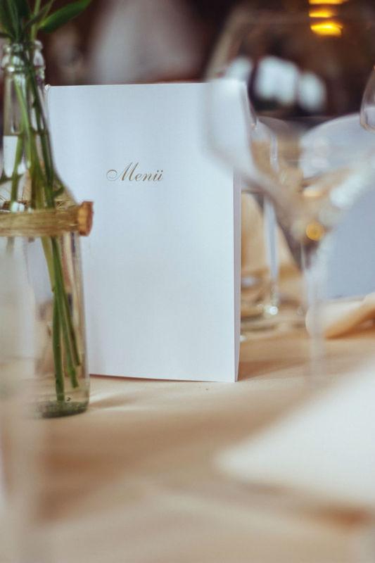 Beispiel: Tischdekoration, Foto: Floristik Lounge.