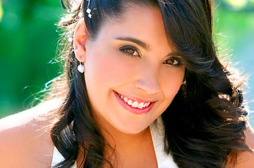 Makeup: Vânia Oliveira Photo: Carlos Portugal