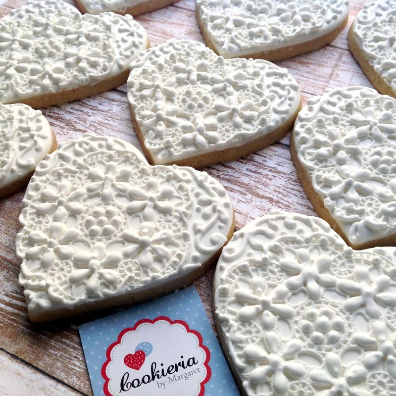 Biscoitos Coração Rendado Rústico Tamanho 9 cm
