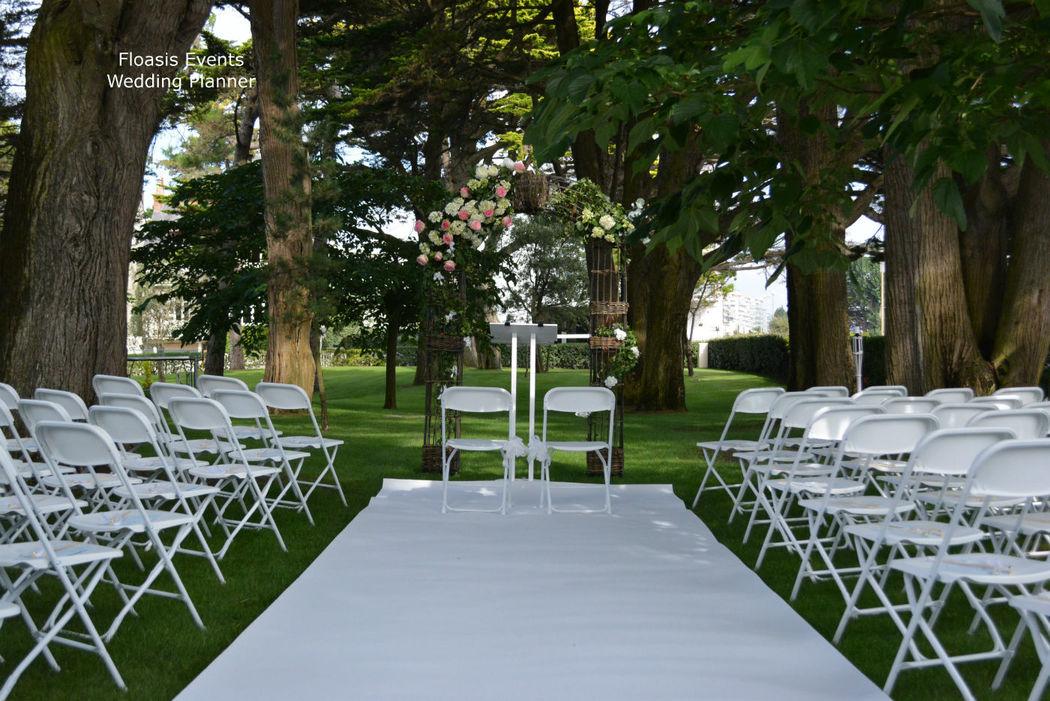 Cérémonie d'engagement face à la Baie de la Baule - Floasis Events wedding planner