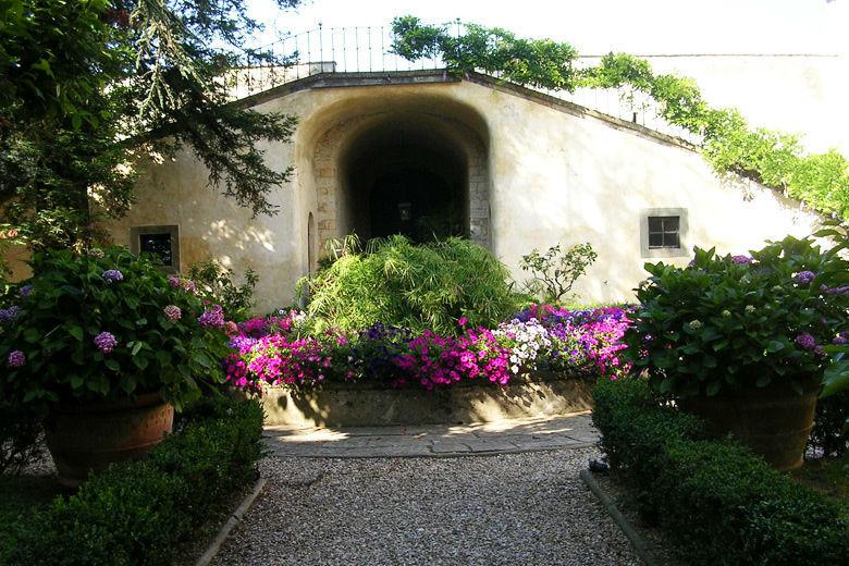 Villa Medicea di Lilliano Courtyard