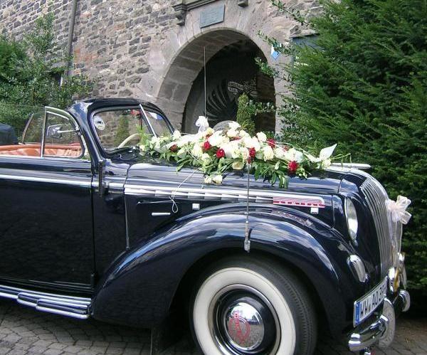 Beispiel: Brautauto, Foto: Schlosshotel Friedewald.