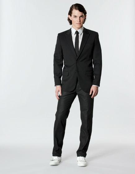 Beispiel: Der perfekte Anzug, Foto: Stefan Steiner.