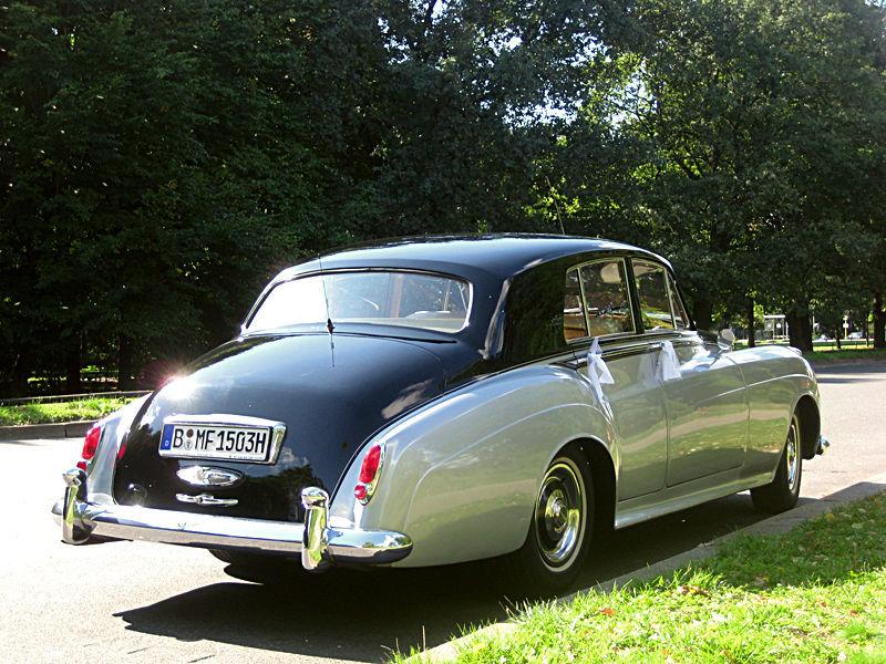 Beispiel: Der Bentley von hinten, Foto: ClassicCars.