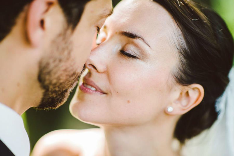 Beispiel: Romantische Hochzeitsfotos, Foto: Jon Pride Photography.