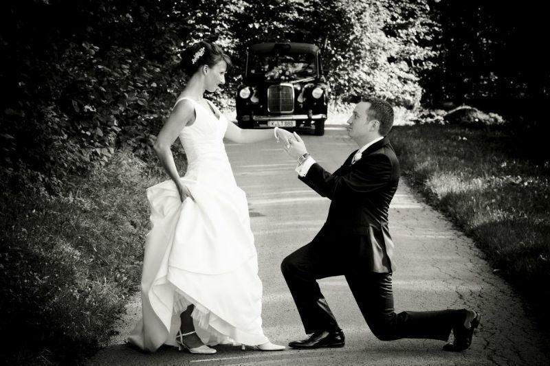 Beispiel: Romantische Hochzeitsfotos, Foto: Alexander Vejnovic.