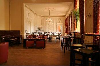 Beispiel: blick ins Schlosscafé, Foto: Hutter im Schloss.