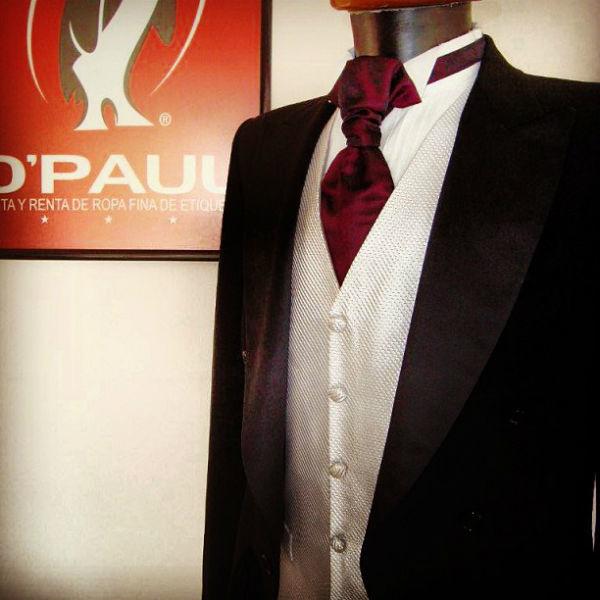 Traje para novio en D'Paul Cancún para venta y renta