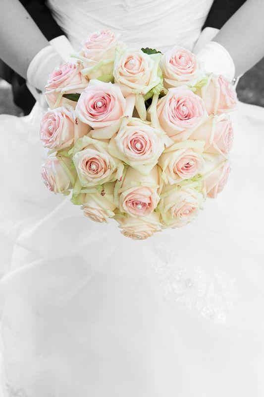 Beispiel: Brautstrauss, Foto: JA - Der Hochzeitsplaner.
