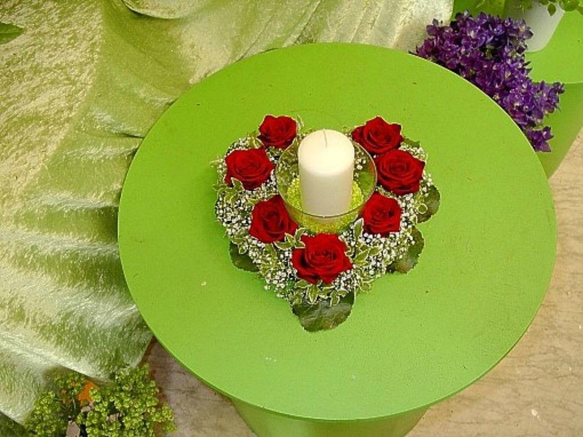Beispiel: Tischdekoration, Foto: Tanja´s Blumenstube.