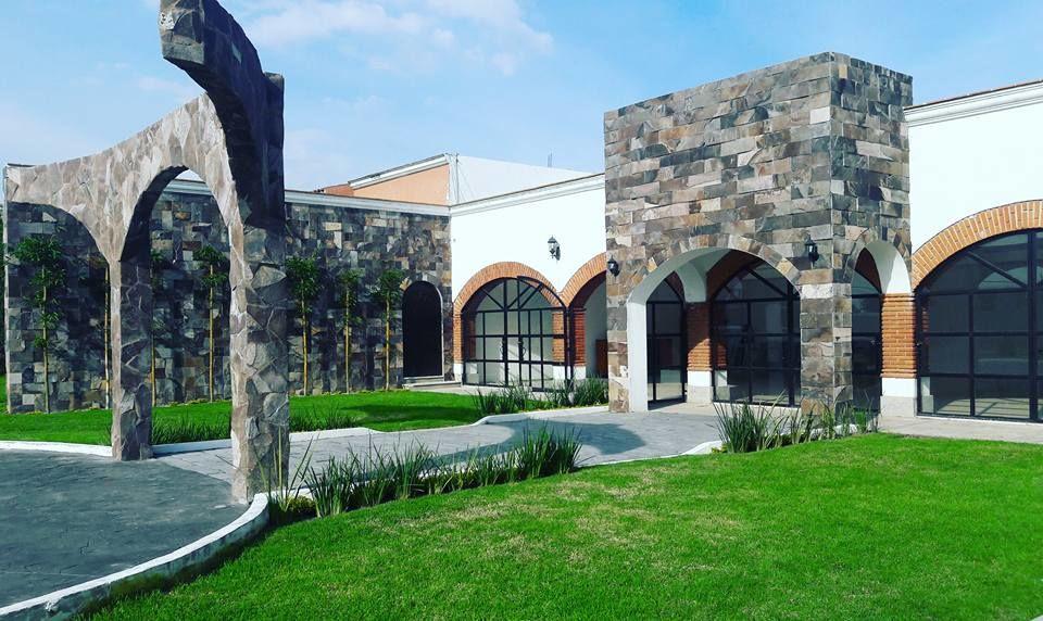 Salón Jardín El Sol