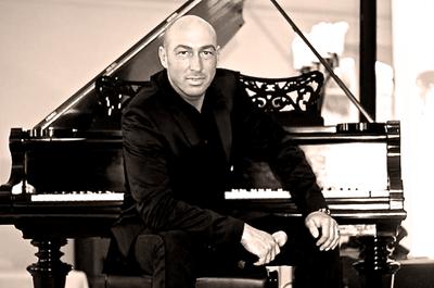 DJ & Sänger Kaspar Schumacher
