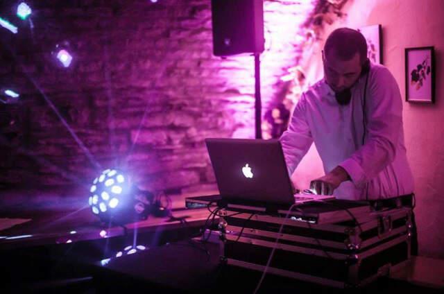 DJ Andy Karo
