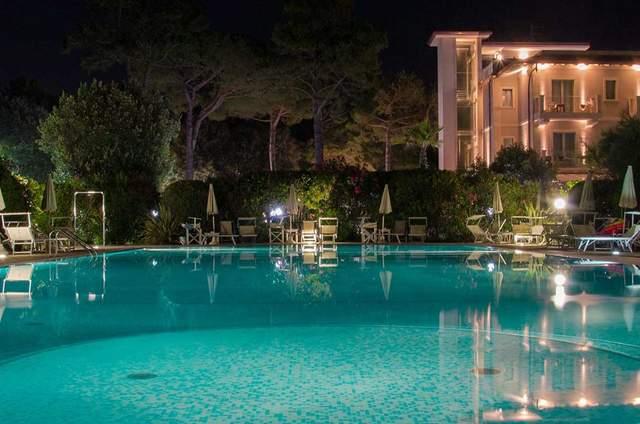 Matrimonio Spiaggia Marina Di Massa : Location matrimoni massa carrara