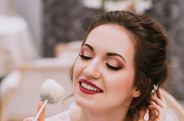 Magdalena Łowkiet Make-up Room