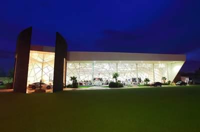 GALLIA Salones y Jardín