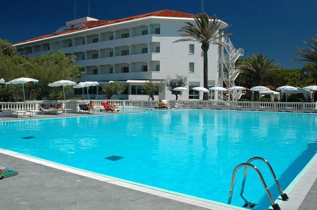 Domizia Palace Hotel