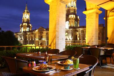 La Plaza Bar & Grill Arequipa