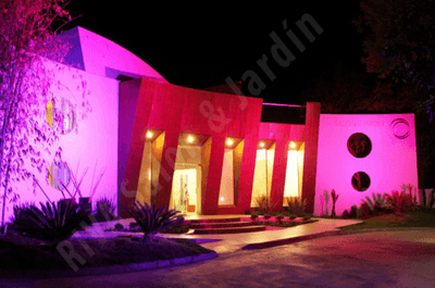 RIVA Salón y Jardín