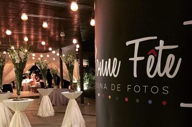 Bonne Fête Cabina Fotográfica