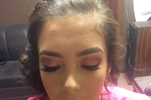 Marisela Mandujano Makeup & Hair