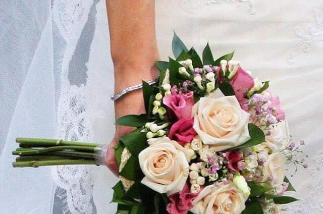 Bouquets Y Arreglos Florales Para Matrimonios En Antofagasta