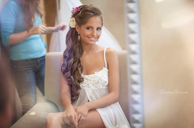Svetlana  Cheremisova визажист , мастер торжественных причёсок.
